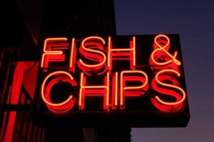 "fish-and-chips-insegne recanti ""Fish & Chips"" di Londra"
