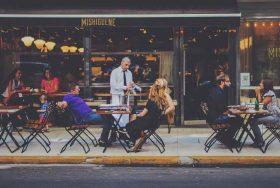 bar-tavolini-esterni